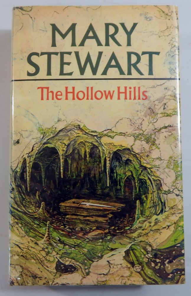 The Hollow Hills Mary Stewart border=